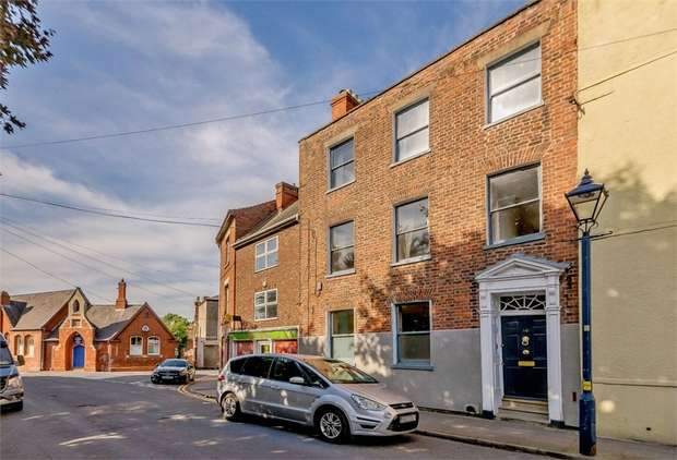 4 Bedrooms Terraced House for sale in Witham Place, Boston, Lincolnshire