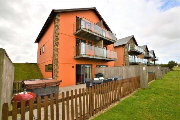4 Bedrooms Semi Detached House for sale in Retallack Resort & Spa, Winnards Perch, St. Columb, Cornwall