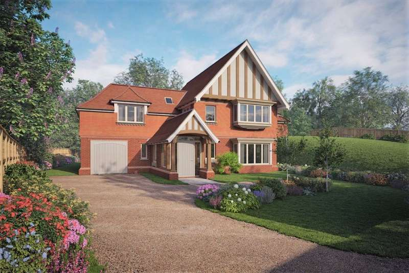 4 Bedrooms Detached House for sale in Thorn Road, Farnham