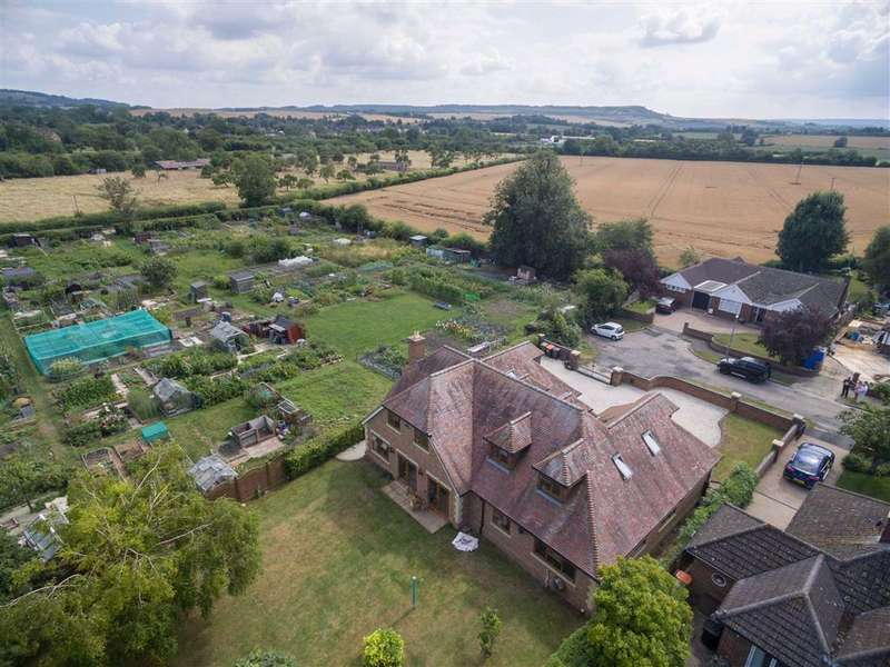5 Bedrooms Detached House for sale in Church Lane, EATON BRAY, Church Lane