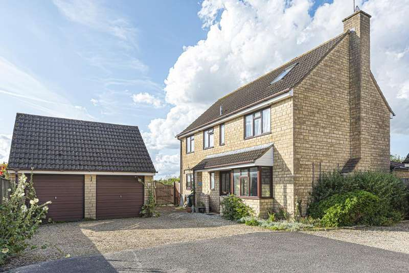 5 Bedrooms Detached House for rent in The Cursus,, Lechlade, GL7