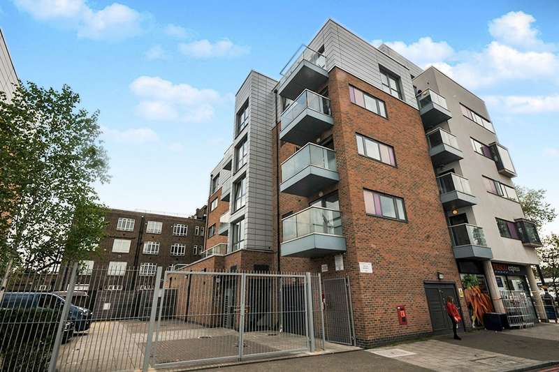 1 Bedroom Apartment Flat for sale in George Lane, London, SE6