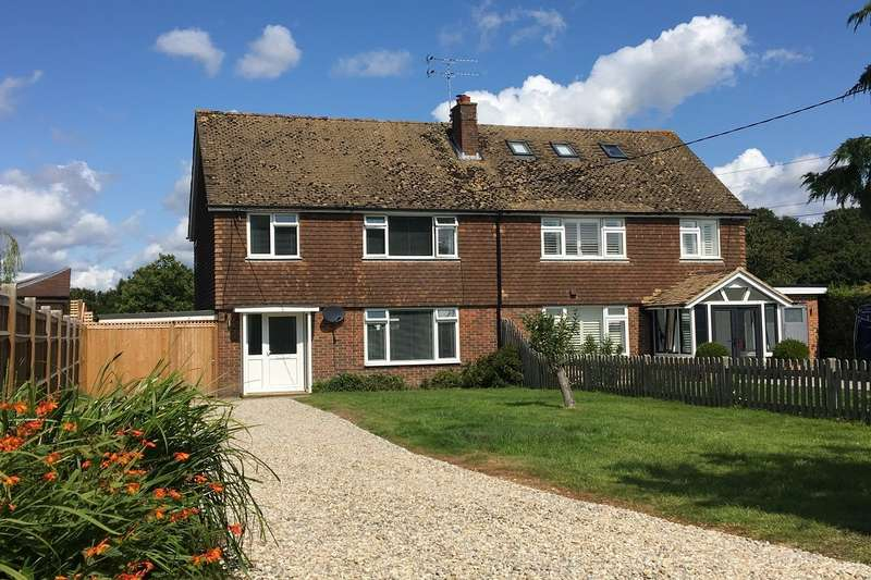 3 Bedrooms Semi Detached House for sale in Main Street, Beckley, Rye, East Sussex, TN31