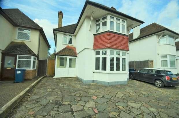 4 Bedrooms Detached House for rent in Edgwarebury Lane, Edgware