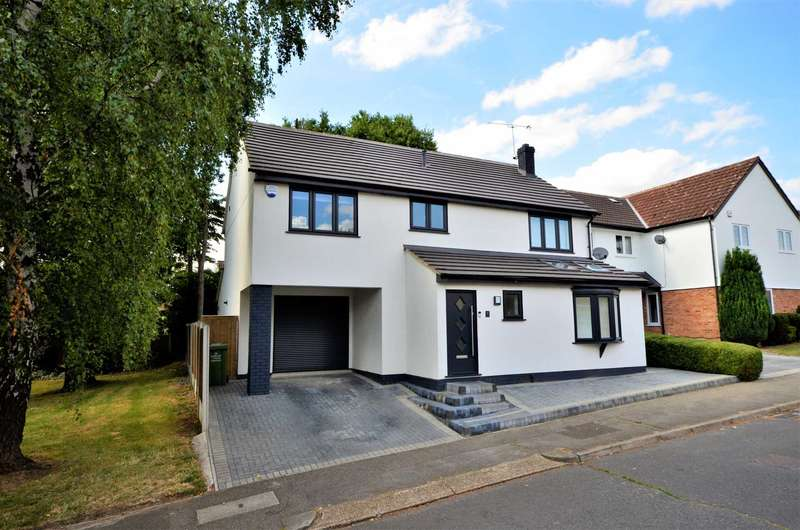 4 Bedrooms Detached House for sale in Meade Road, Billericay