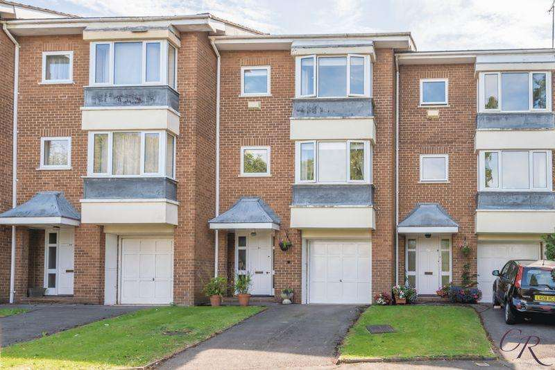 3 Bedrooms Terraced House for sale in Cleevelands Drive, Cheltenham