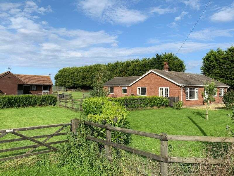 3 Bedrooms Property for sale in Cheal Road, Gosberton, Spalding
