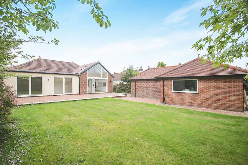 3 Bedrooms Detached Bungalow for sale in Styal Road, Heald Green, Cheadle, Greater Manchester, SK8