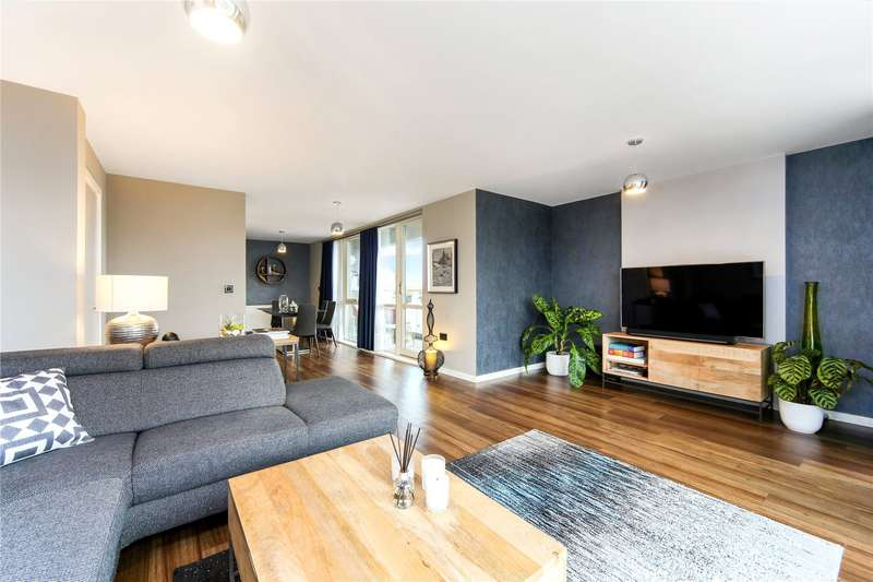 2 Bedrooms Flat for sale in Warton Court, All Saints Road, London, W3