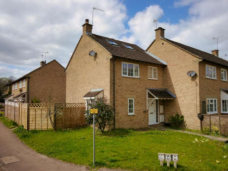 3 Bedrooms Terraced House for sale in Townley, Querns Road, Cirencester, GL7 1RW