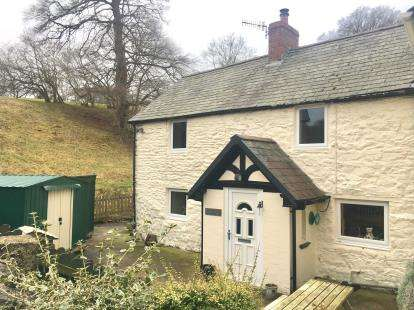 3 Bedrooms Semi Detached House for sale in Cyffylliog, Ruthin, Denbighshire, North Wales, LL15