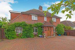 5 Bedrooms Detached House for sale in Church Road, Polegate, Eastbourne, East Sussex