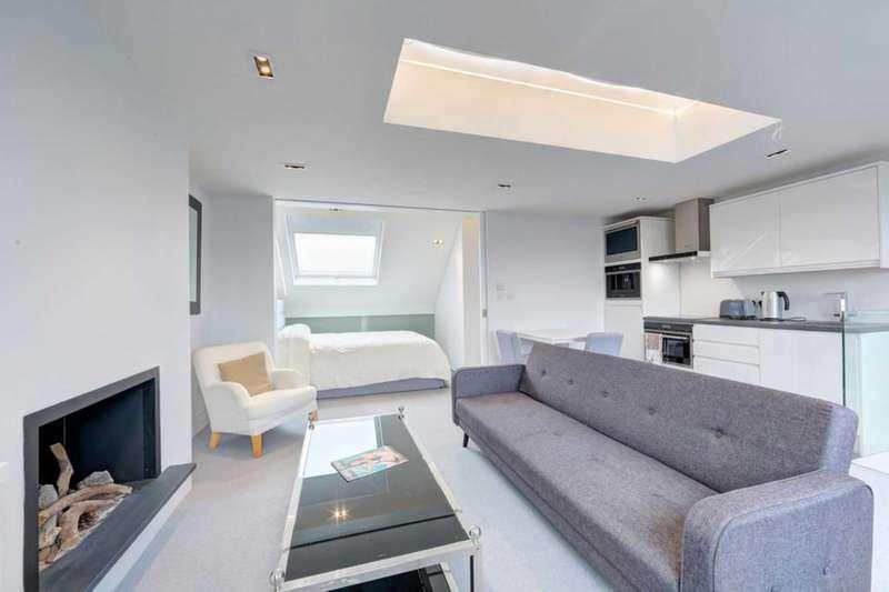 1 Bedroom Flat for sale in Wandsworth Bridge Road, Fulham SW6 2TF