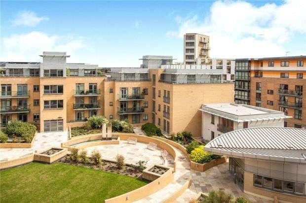 2 Bedrooms Apartment Flat for sale in The Belvedere, Homerton Street, Cambridge