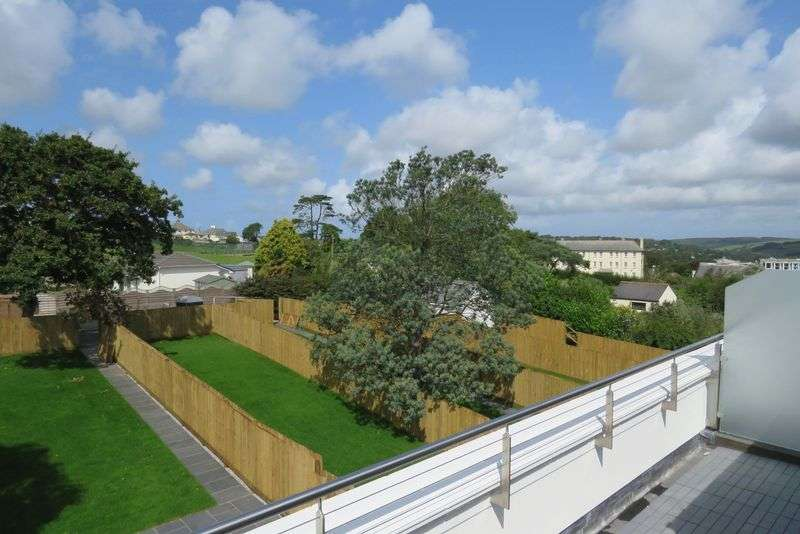 4 Bedrooms Property for sale in Falmouth Road, Truro