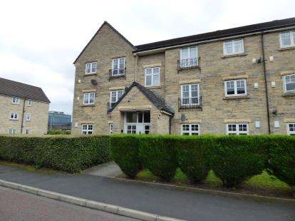 2 Bedrooms Flat for sale in Lisbon Drive, Burnley, Lancashire