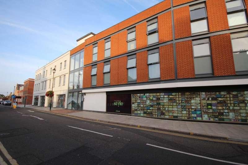 2 Bedrooms Apartment Flat for rent in Rose Street, Wokingham