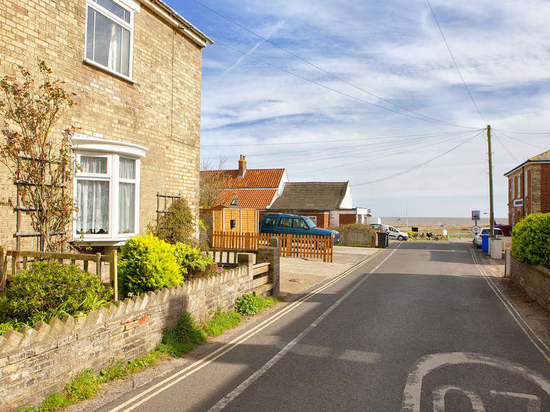 5 Bedrooms Semi Detached House for sale in Seaside Cottage, Kessingland, Suffolk Coast