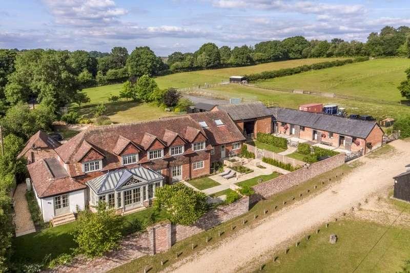 5 Bedrooms Detached House for sale in Furze Hill, Fordingbridge, Hampshire, SP6 2PX