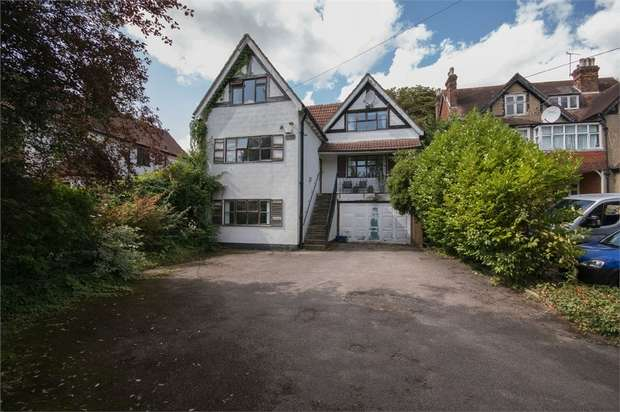 5 Bedrooms Detached House for sale in Box Ridge Avenue, Purley, Surrey