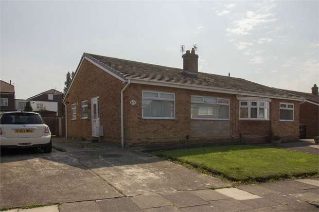 2 Bedrooms Semi Detached Bungalow for sale in Kinderton Grove, Stockton-on-Tees, Durham
