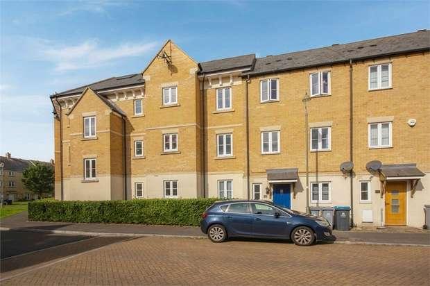 2 Bedrooms Flat for sale in 3 Poppy Terrace, Carterton, Oxfordshire