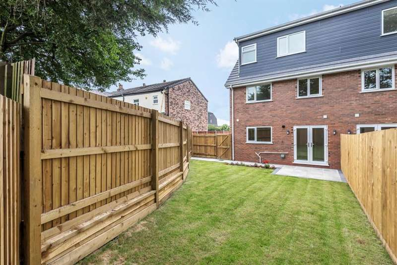 4 Bedrooms Semi Detached House for sale in Manchester Road, Astley, Manchester, M29 7SQ