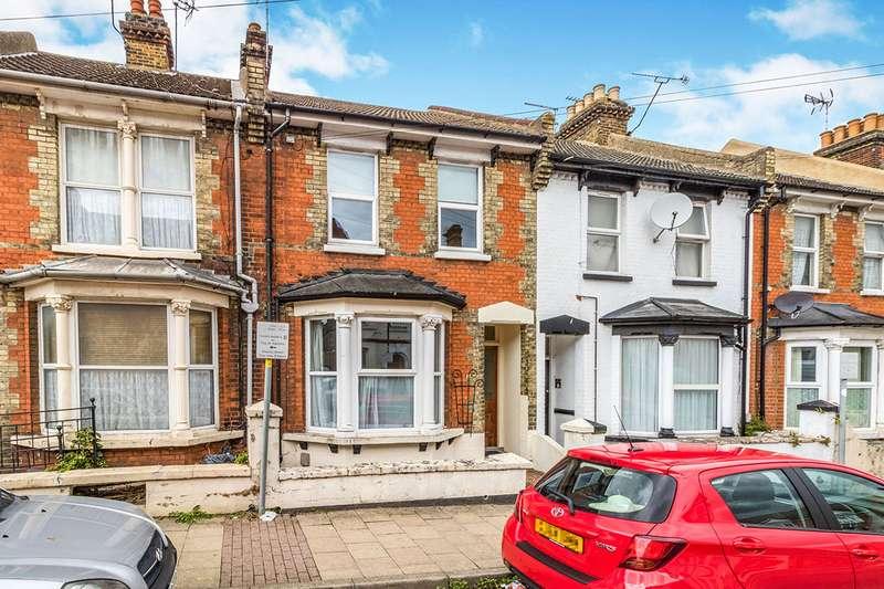 3 Bedrooms House for sale in Balmoral Road, Gillingham, Kent, ME7