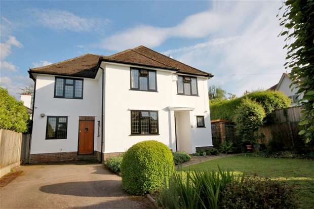 4 Bedrooms House for sale in Stunning Detached House at Ox Lane, Harpenden