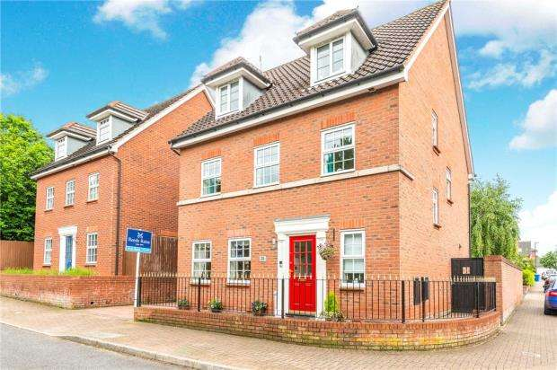 5 Bedrooms Detached House for sale in Fleming Drive, Winwick Park, Winwick