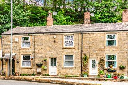 2 Bedrooms Terraced House for sale in Bury and Rochdale Old Road, Birtle, Bury, Greater Manchester, OL10