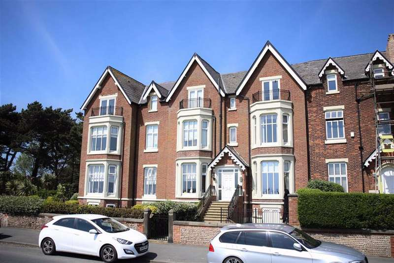 3 Bedrooms Apartment Flat for sale in 21 West Beach, Lytham