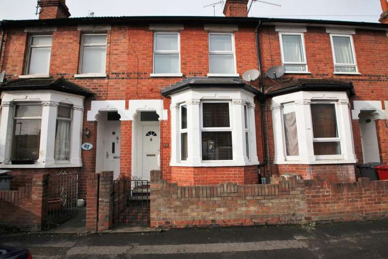 3 Bedrooms Terraced House for rent in York Road, Reading, Berkshire, RG1