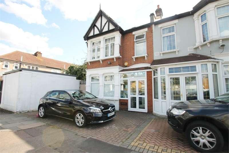 4 Bedrooms End Of Terrace House for sale in Hertford Road, Newbury Park IG2