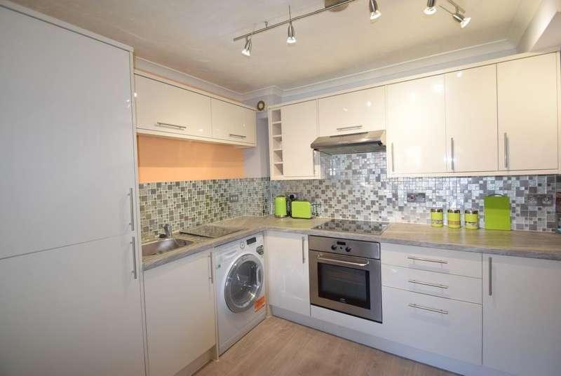 1 Bedroom Terraced House for sale in Penn Road, Datchet, SL3
