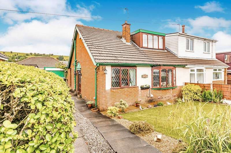 3 Bedrooms Semi Detached Bungalow for sale in Trent Road, Shaw, Oldham, OL2