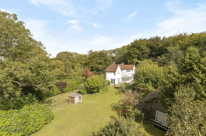 4 Bedrooms Detached House for sale in Upwaltham, Nr Petworth, GU28