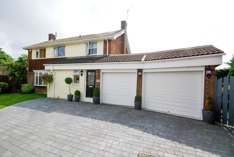 4 Bedrooms Detached House for sale in Hunter Close, East Boldon