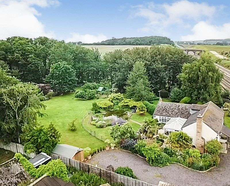 3 Bedrooms Property for sale in Creeton Road, Little Bytham