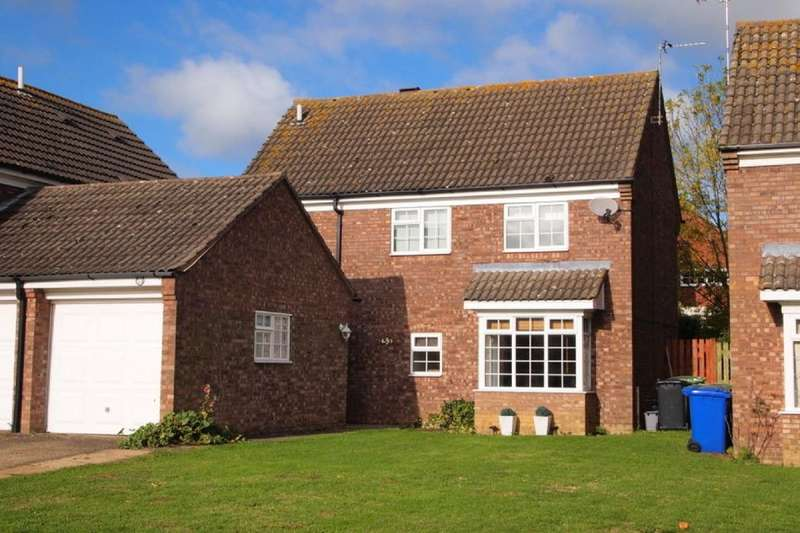 4 Bedrooms Detached House for sale in Falcon View, Greens Norton, Towcester, NN12