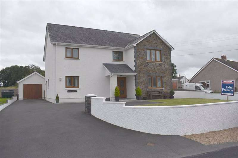 4 Bedrooms Detached House for sale in Henllan, Llandysul