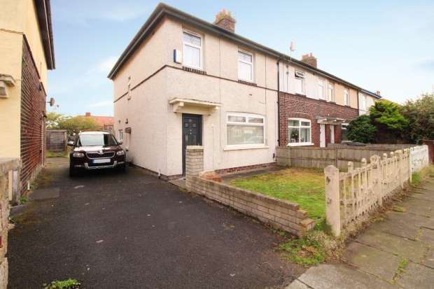 3 Bedrooms Semi Detached House for sale in Edgeway Road, Blackpool, Lancashire, FY4 3NH