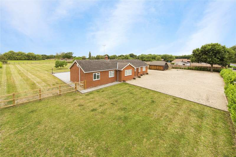 6 Bedrooms Detached Bungalow for sale in Chivers Road, Stondon Massey, Brentwood, Essex, CM15