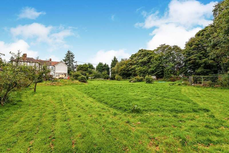 5 Bedrooms Semi Detached House for sale in Uckfield Road, Crowborough, East Sussex, TN6