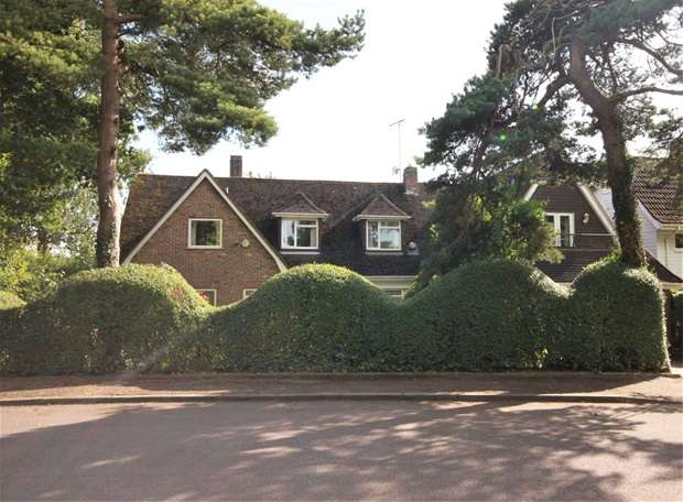 5 Bedrooms House for sale in Park Avenue South, Harpenden