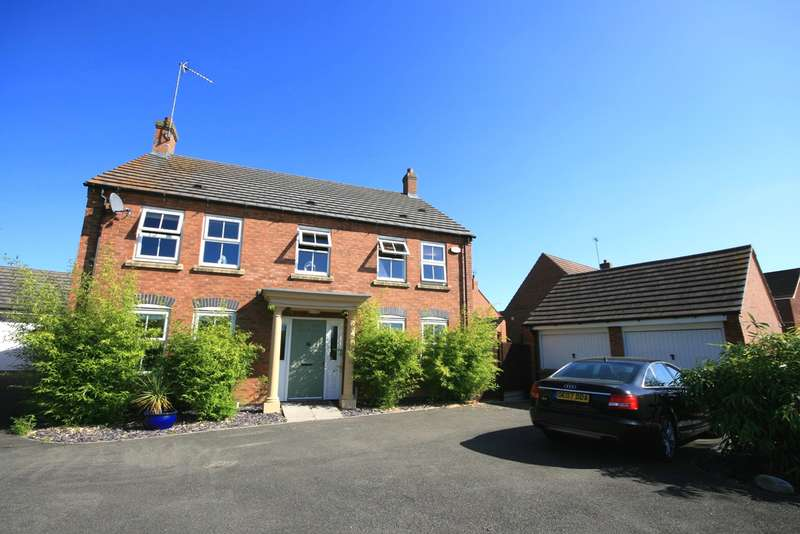 4 Bedrooms Detached House for sale in Robinson Way, Wootton, Northampton, NN4