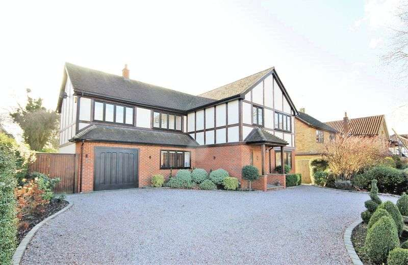 5 Bedrooms Property for sale in Park Avenue, Hutton, Brentwood