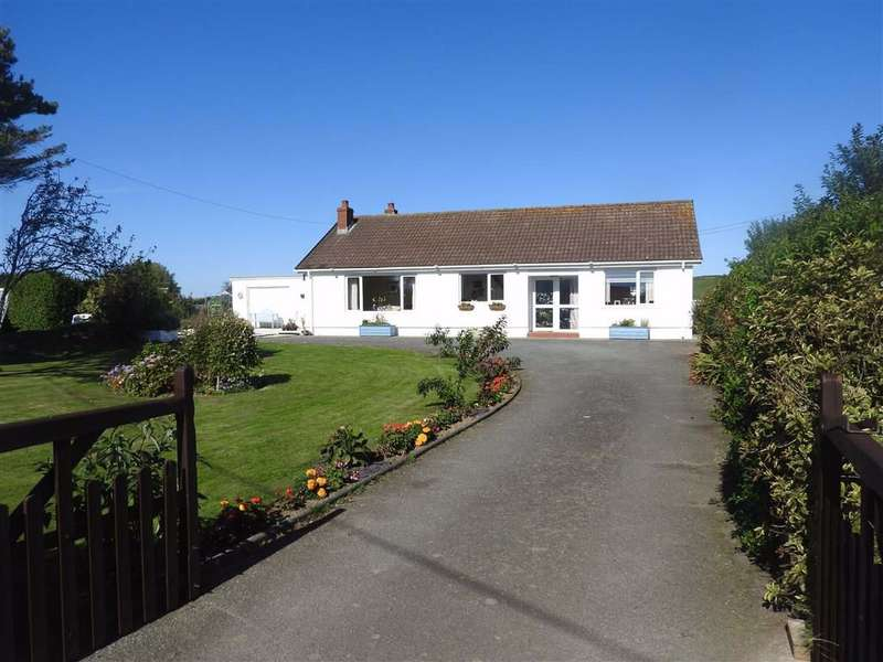 3 Bedrooms Detached Bungalow for sale in FERWIG, Ceredigion