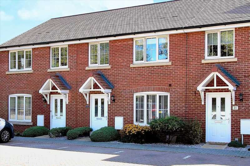 4 Bedrooms Terraced House for sale in Thompson Road, Tidworth