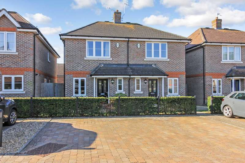 2 Bedrooms House for sale in Jannetta Close, Aylesbury